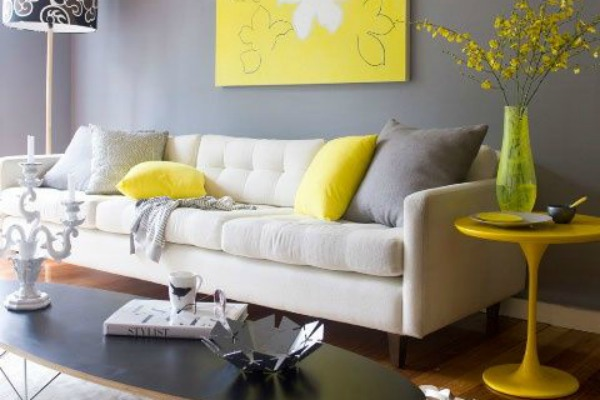 enterijer-dekor-u-utoj-i-sivoj-boji-22
